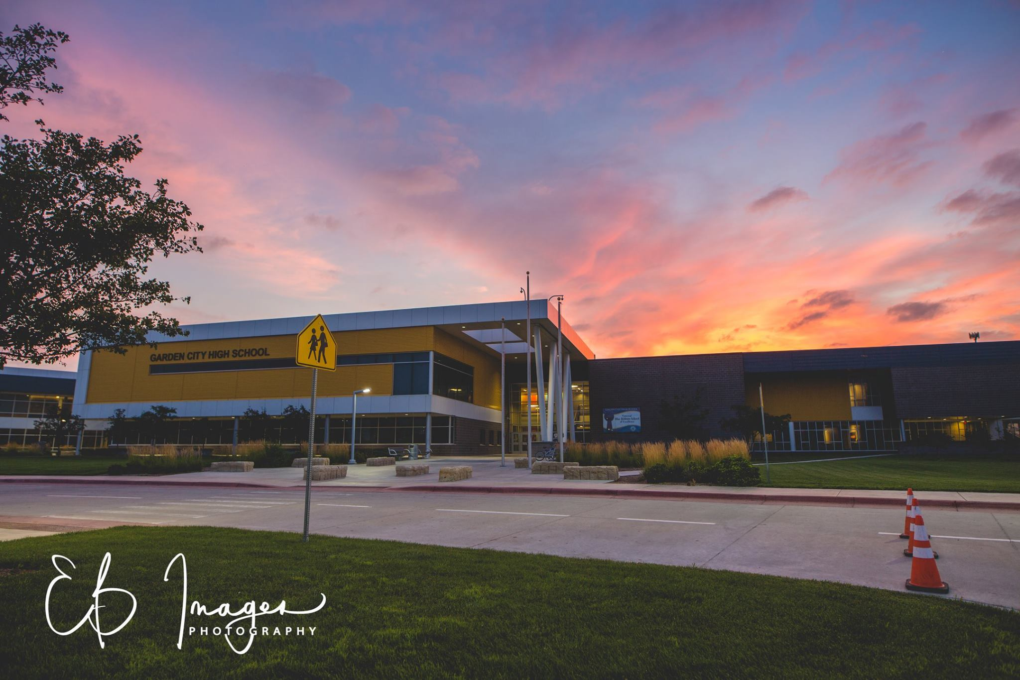 Scott City Ks >> Dawn at Garden City High School – Greater Garden City